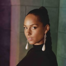 Picture singer Alicia Keys